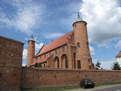 Kościół w Brochowie. Fot. J. Gaczyńska.