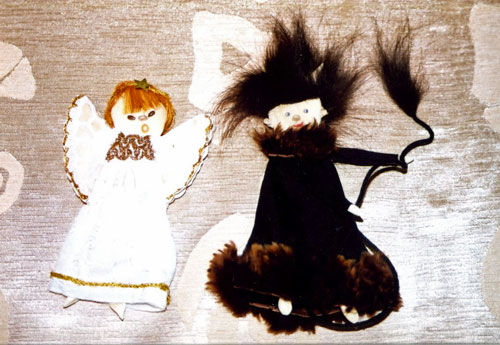 Aniołek i diabełek. Fot. H. Galera.
