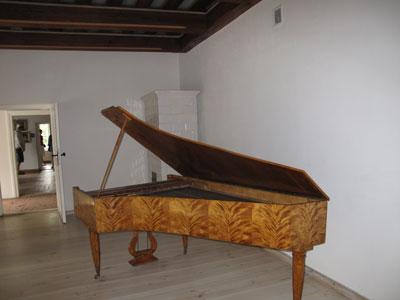 Izba, w której urodził się Fryderyk Chopin. Fot. J. Gaczyńska.